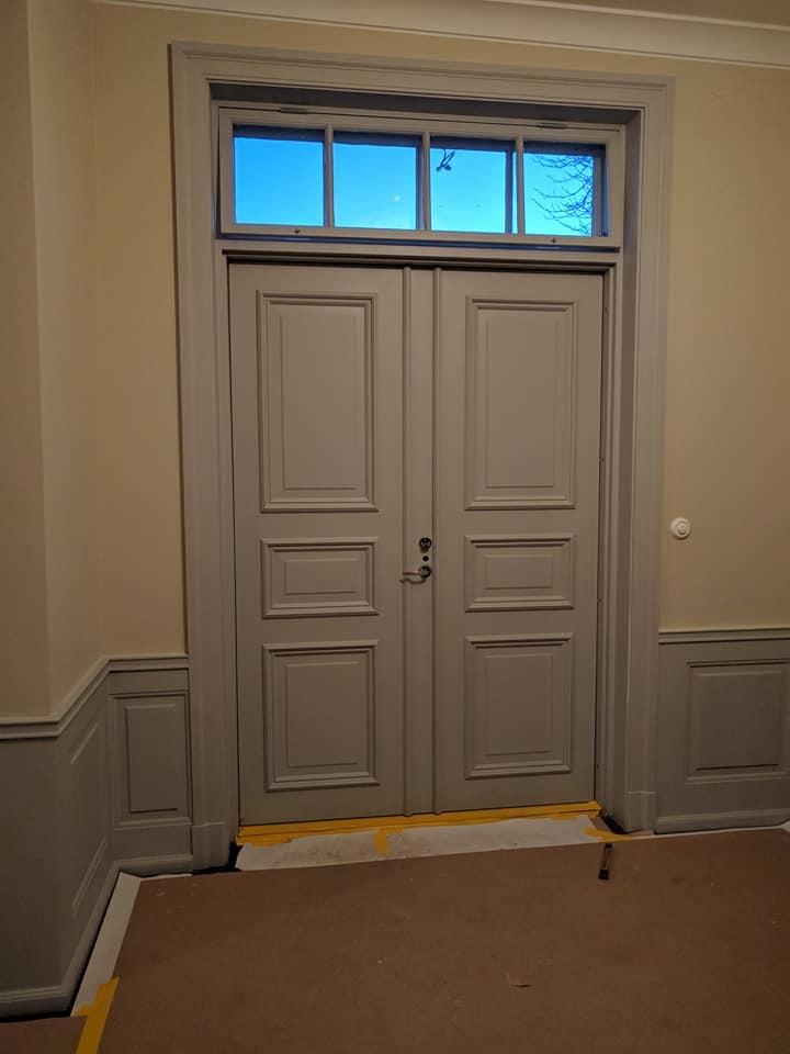 Dörrpar-grå