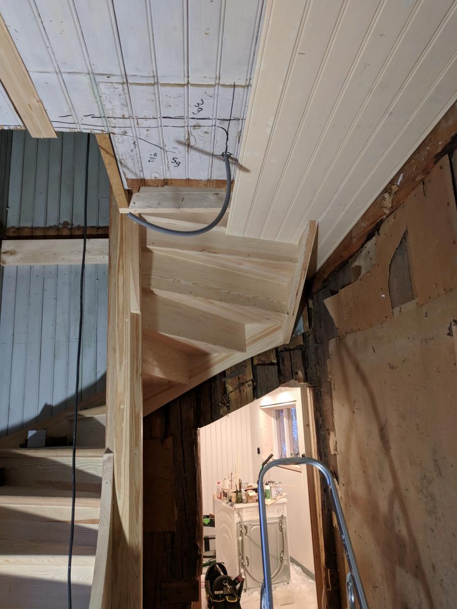 Trappa under montering